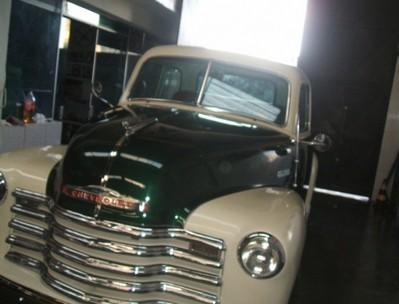 Onde Encontrar Customização para Carros Antigos Hot Rods Aeroporto - Customização para Carro Antigo com Motor V8